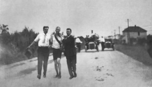 Tom Hicks winning 1904 marathon